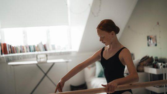 Picture: Ballet Online Studio Simoncini – DHC/Brian Mul